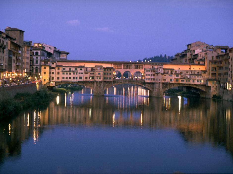Bridge_at_sunset,_Florence