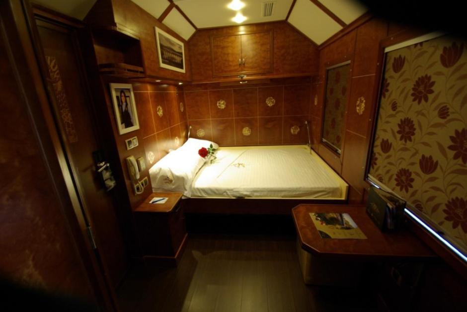 Carriage-Al-Andalus-Superior-Suite-night-doc