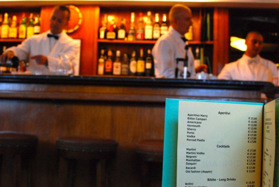 harrys bar 1