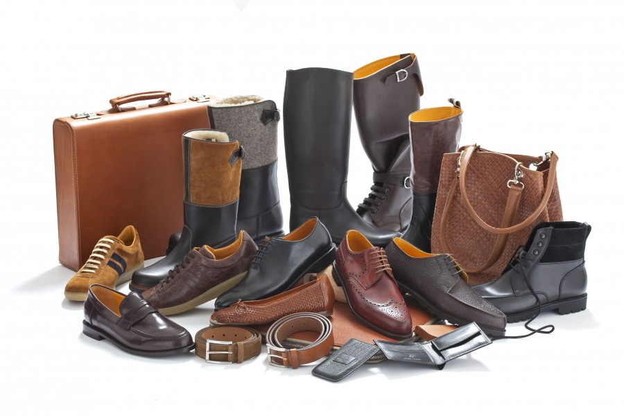 www.ludwig-reiter.com-Leather-in-Heaps-and-Bounds