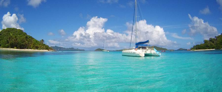 sailing-charters-catamaran