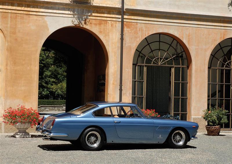 Ferrari-330_America_1963_02-800